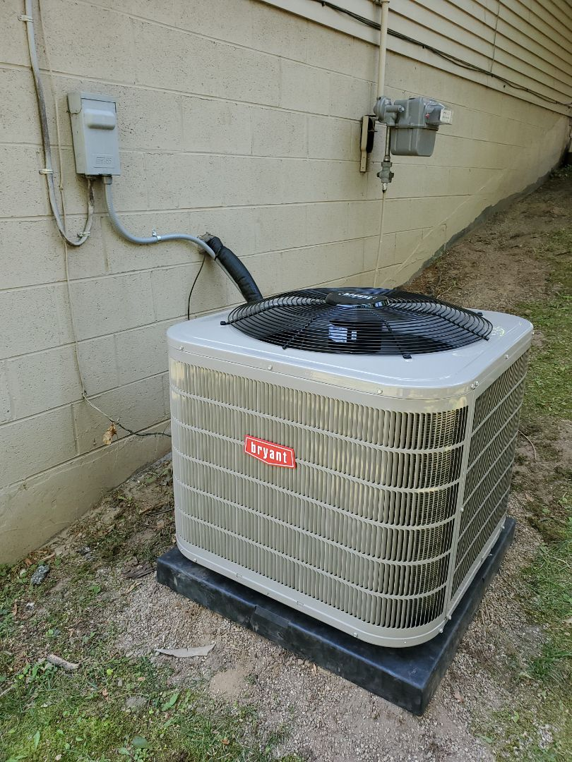 West Bloomfield Township, MI - Install a Bryant air conditioner