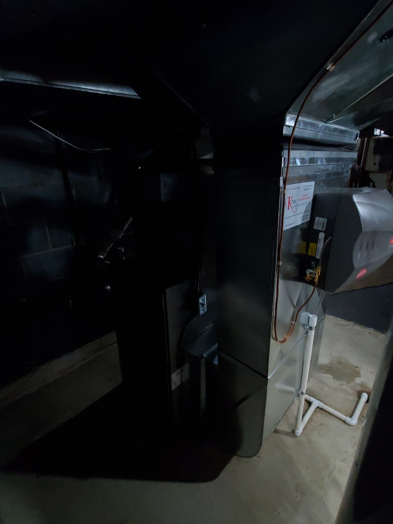 West Bloomfield Township, MI - Install a 96% efficient Bryant furnace