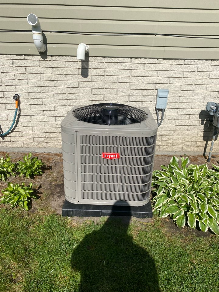 Waterford Township, MI - Installed a 3.5 ton Bryant air conditioner