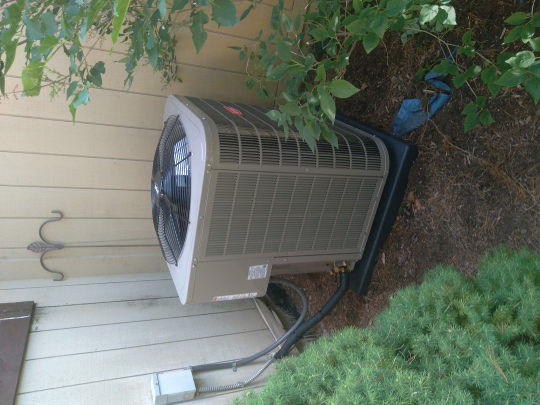 Commerce Charter Township, MI - Install the four ton Bryant high efficient air conditioner