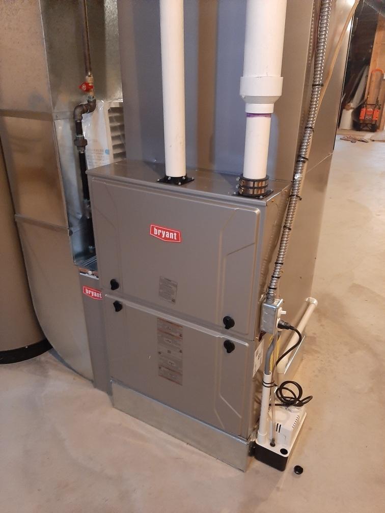 Rochester, MI - Installed 120000 BTU Bryant Evolution furnace