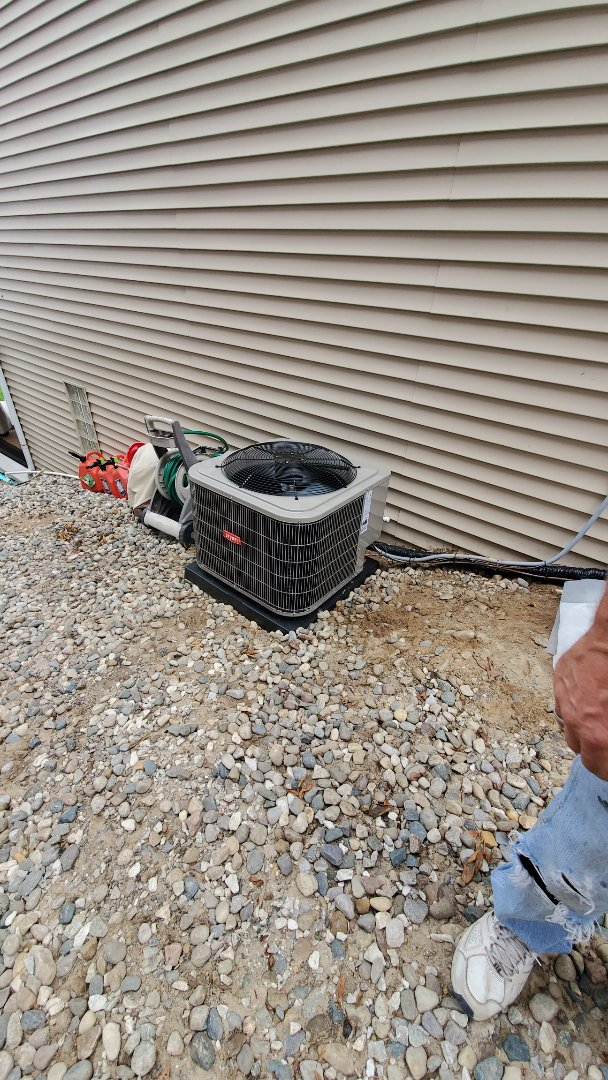 Commerce Charter Township, MI - Installed a Bryant air conditioner
