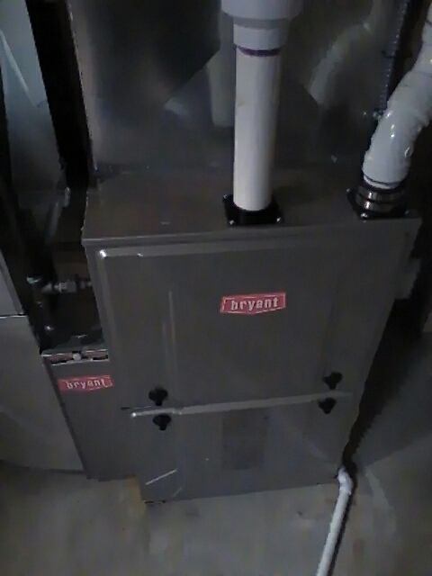 Highland Charter Township, MI - Installing a new 98% efficient Bryant furnace