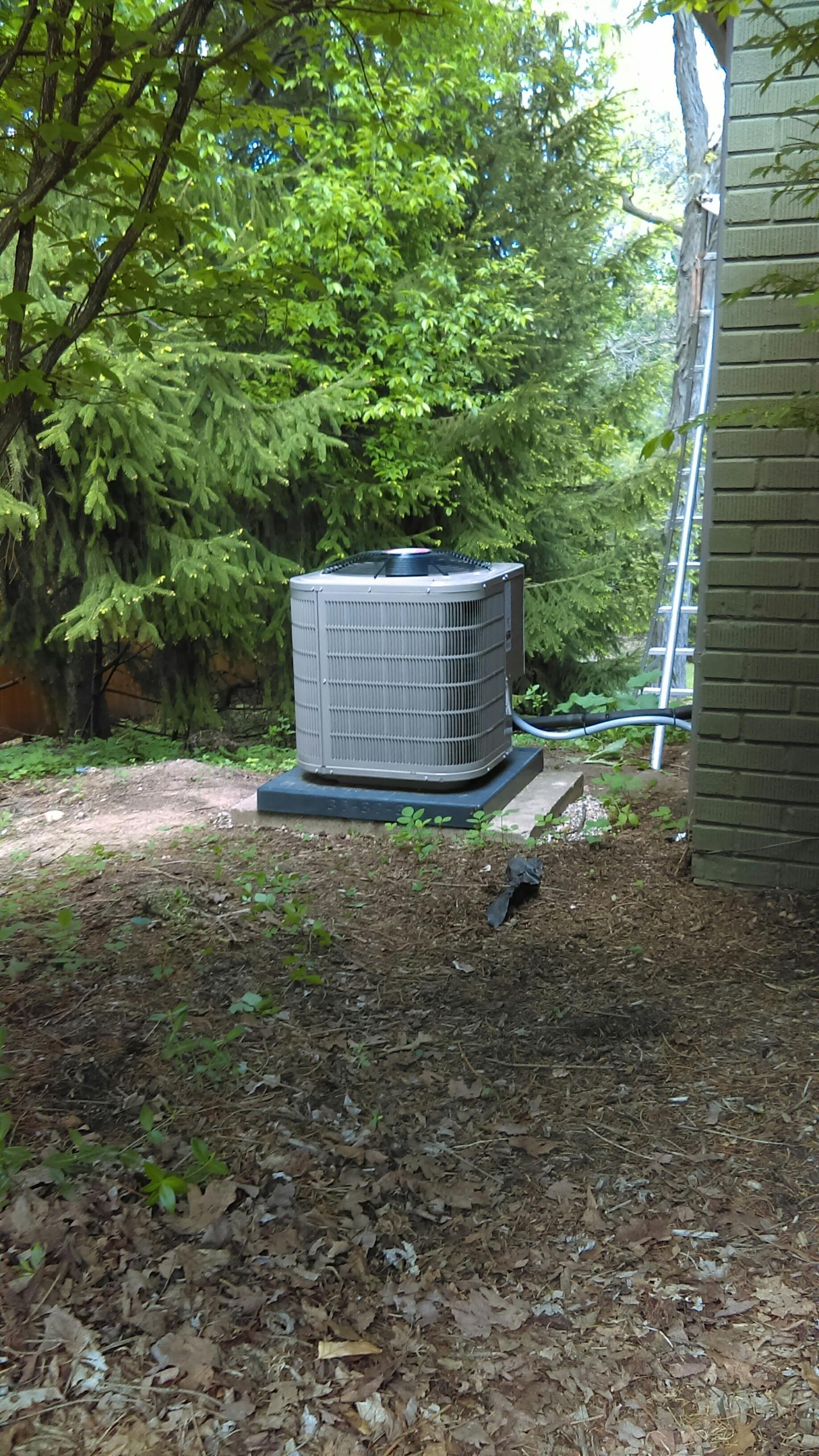 Rochester Hills, MI - Air conditioner start and calibrate