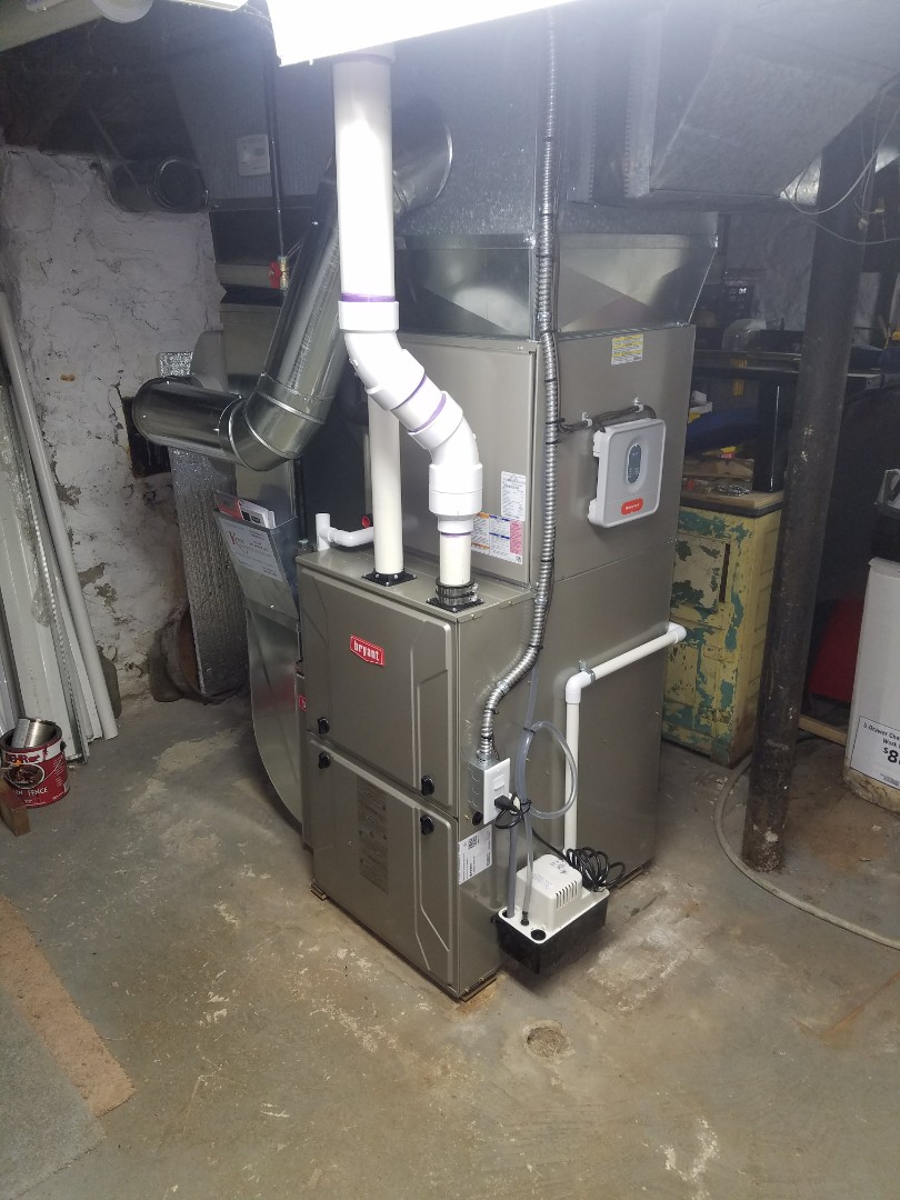 West Bloomfield Township, MI - Finished a Bryant furnace and air conditioning replacement with a zone board and humidifier