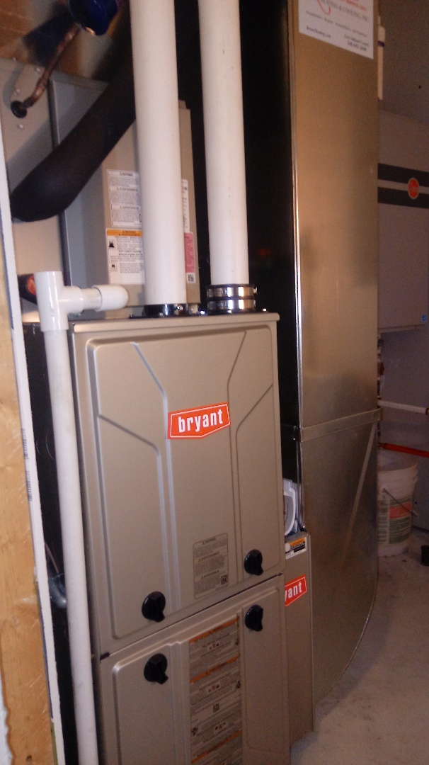 Novi, MI - Installed a Bryant 96% efficient furnace and air conditioner