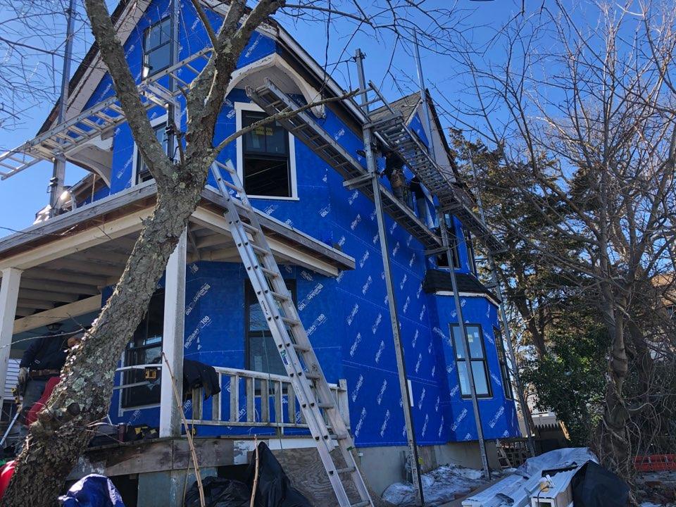 Asbury Park, NJ - Installing James Hardie shingles