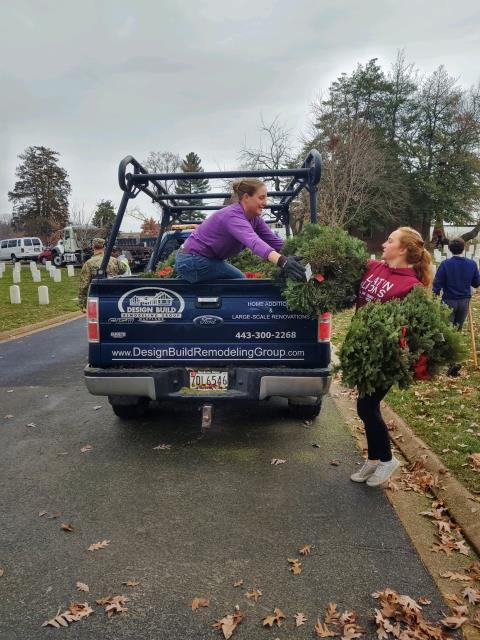 Silver Spring, MD - DBRG Volunteering for The Old Soldiers Wreath Clean Up