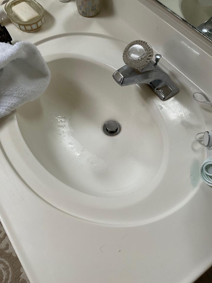 Culpeper, VA - Snaking bathroom drain