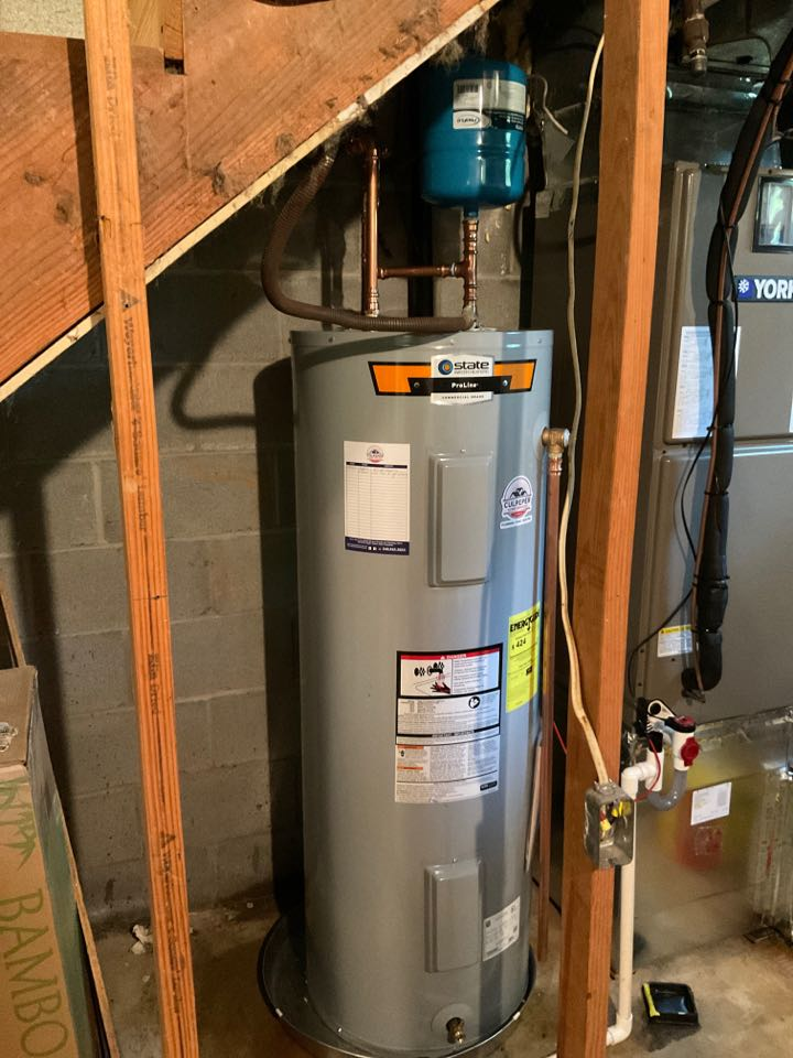 Locust Grove, VA - Installed a 50 gallon electric water heater in Lake of the Woods
