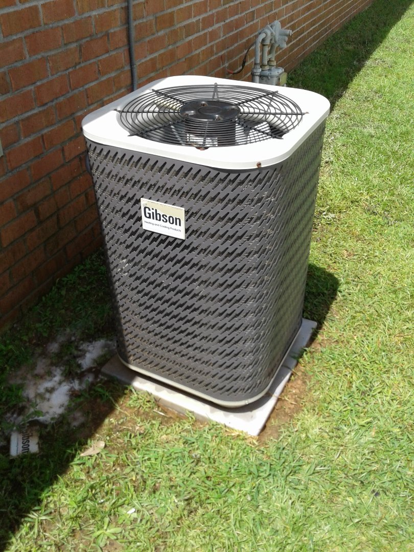 Semmes, AL - Routine Maintenance on a Gibson Comfort System
