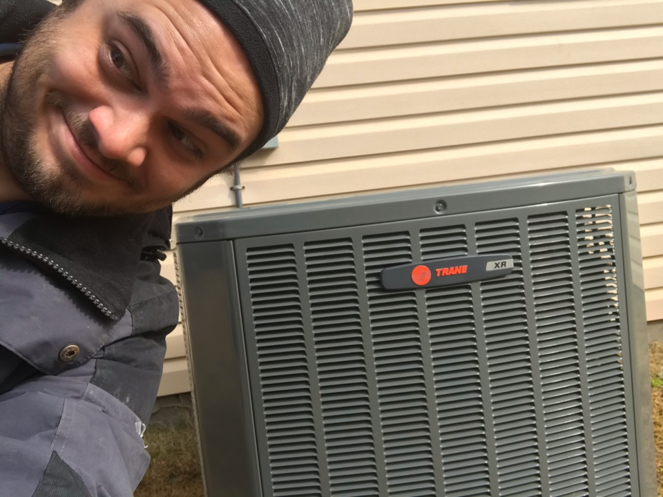Boiling Springs, SC - Working to diagnose a Trane heat pump making noise! Diagnosed the system with our computer system! It's 2021, and is time to utilize technology!