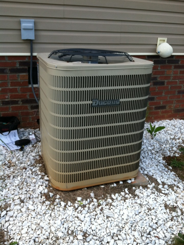 Inman, SC - Two ducane air conditioners not working. One has a bad capacitor, the other has a bad condenser fan motor. The picture is showing the downstairs unit.