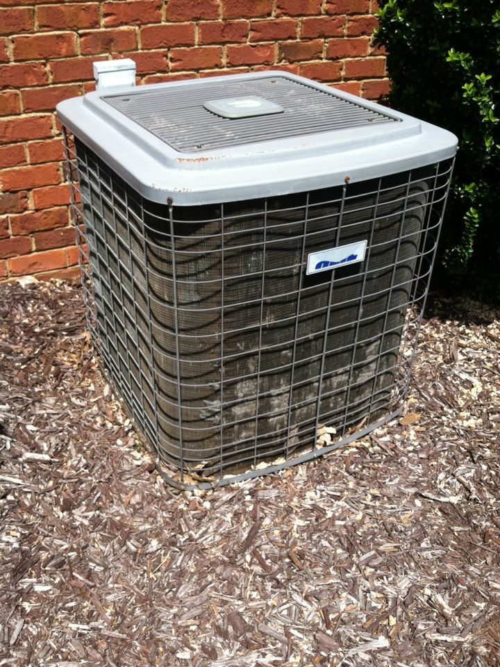 Boiling Springs, SC - Doing a spring tune up in boiling springs SC. Air conditioner time.