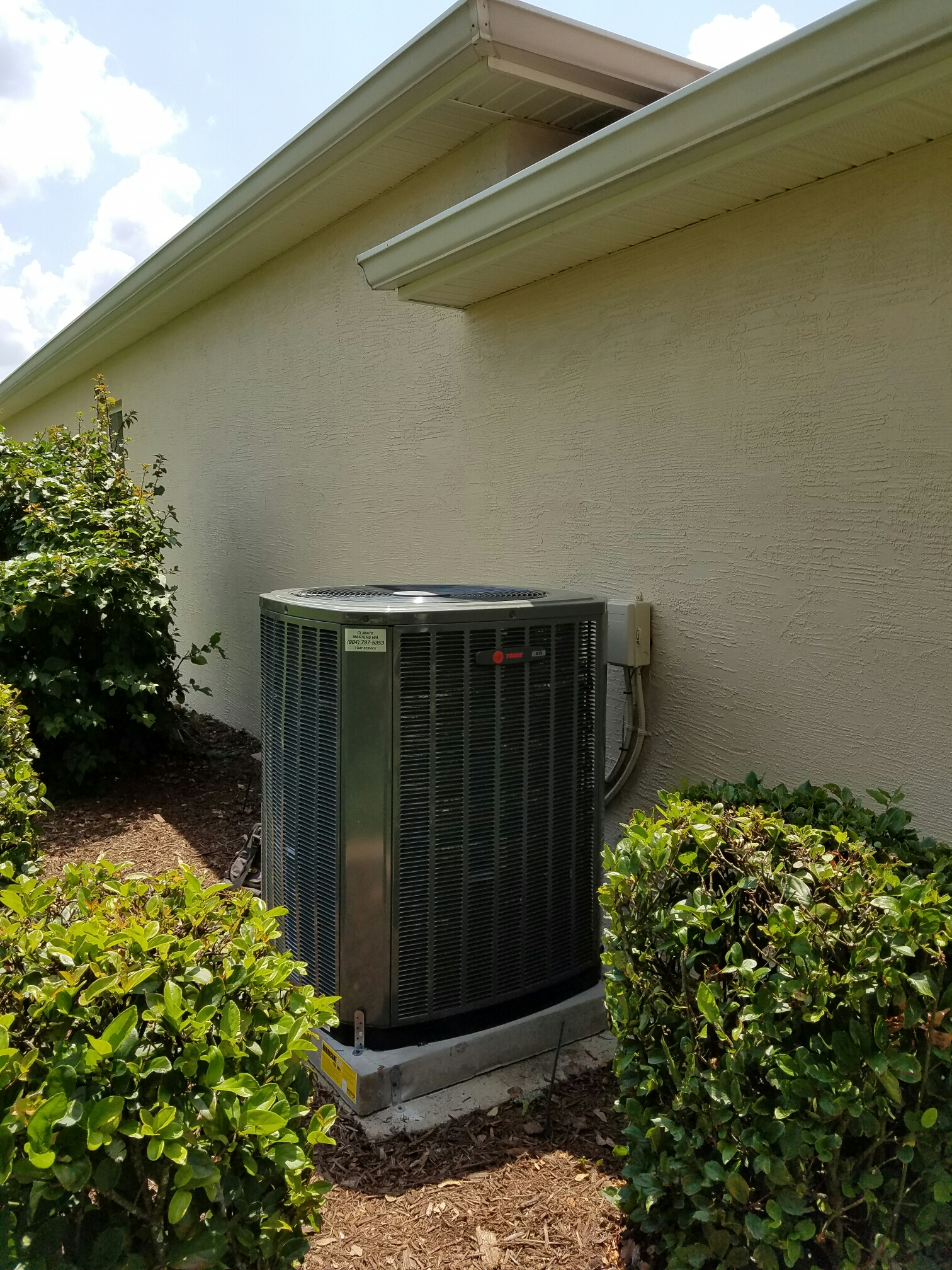 Palm Coast, FL - 17 seer trane 4 ton condenser to go with airhandler we just installed