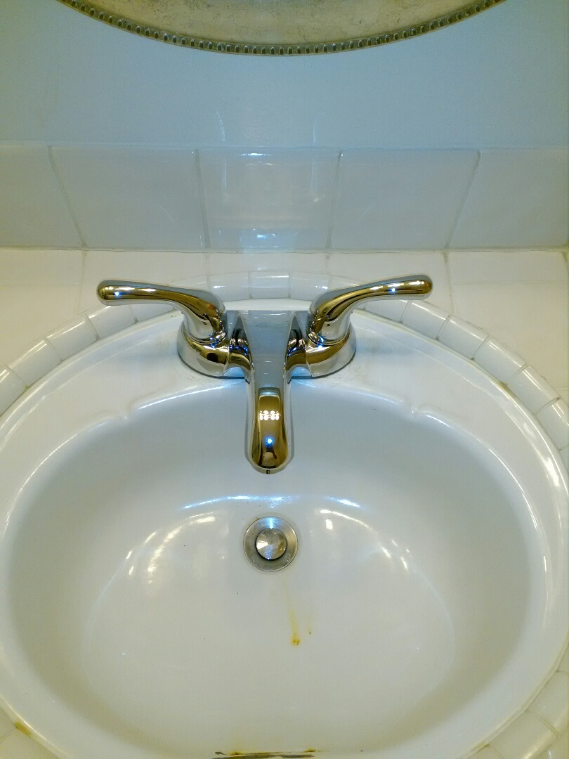 Fresno, CA - Replaced to bathroom faucets and fix bathtub leak