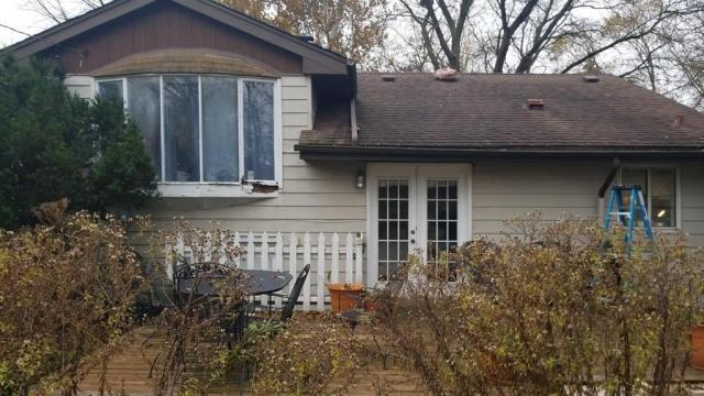 Homewood, IL - Insurance claim approved from Hail and Wind Damage.  Tear off all the way to decking. Will be installing new GAF Timberline HD Shingles on the roof.