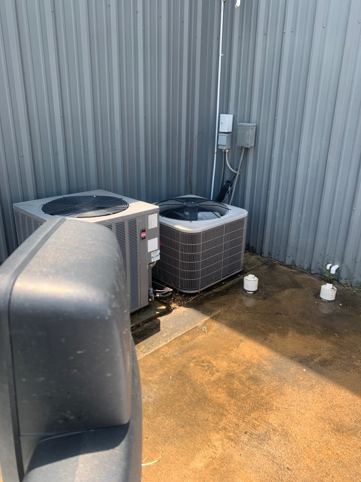 Rowlett, TX - Another a/c repaired - HVAC repair and installation.
