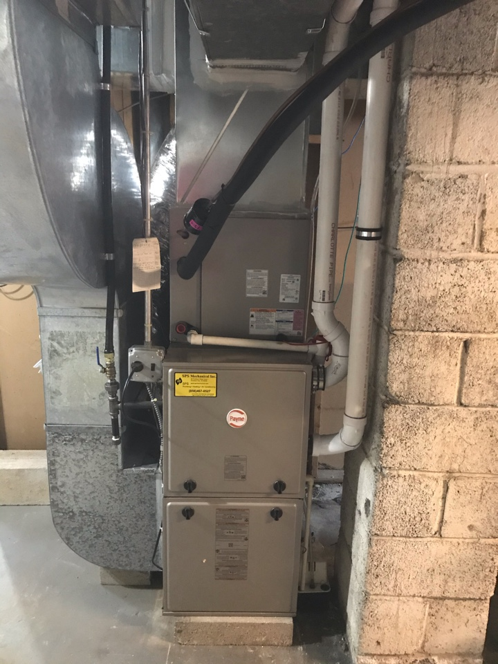 Woodbury, NJ - Conversion from oil to natural gas, replacing Furnace and air conditioning system with many duct modifications also adding supply runs and returns. New dryer venting and hood. We've also replaced the water heater. All new equipment is Carrier high efficiency with a RHEEM water heater.