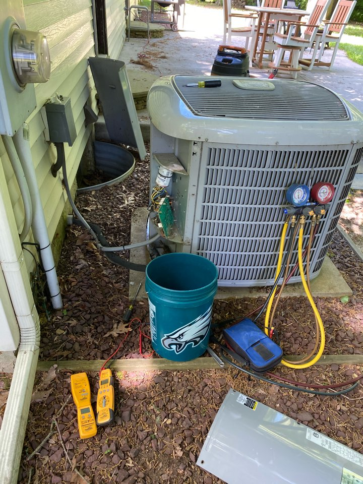 Woolwich Township, NJ - AC Preventive Maintenance on Carrier system