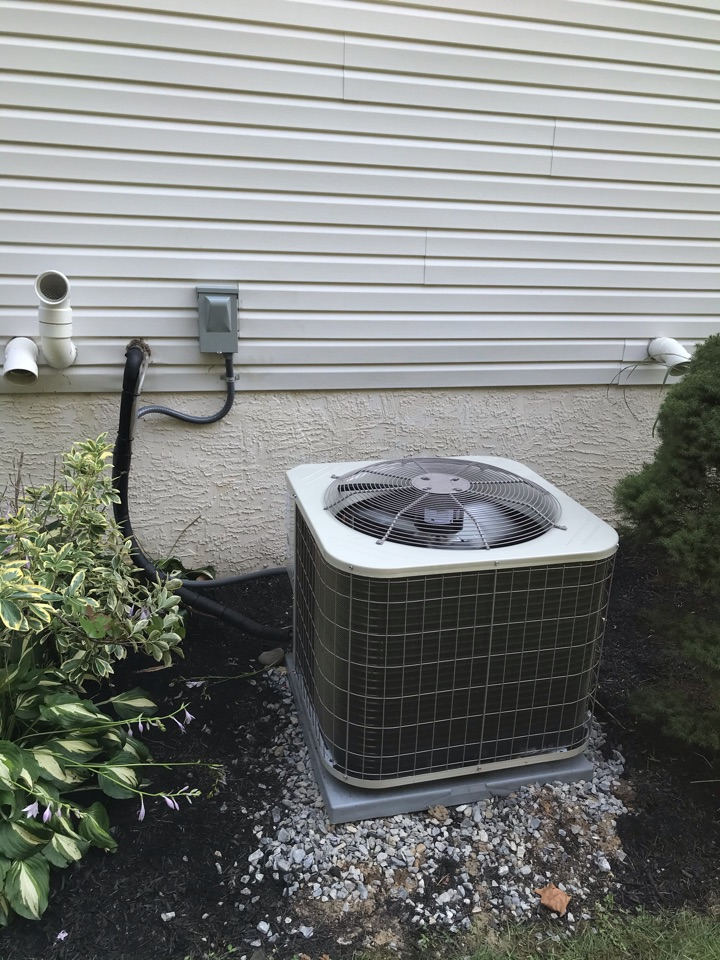 Woolwich Township, NJ - Replaced air conditioning system and added media filter cabinet