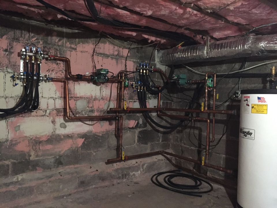 Haddonfield, NJ - Service of radiant heating system. Uses Watts manifolds and Vaughn buffer tank