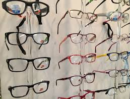 Pace, FL - Reading glasses and glasses can be used to correct nearsightedness.