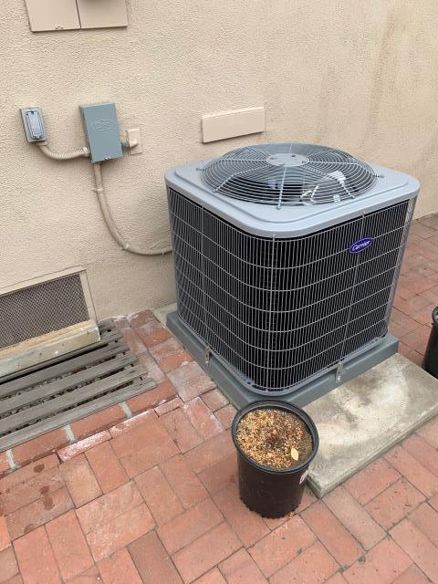 Brea, CA - New heating and air conditioning system.  Carrier 5 ton condenser 14+SEER, Carrier 110,000 BTU furnace (58DLX) and ADP 5 ton high efficiency coil.  Also, removed Asbestos ducts, all new flex ducts and grills.