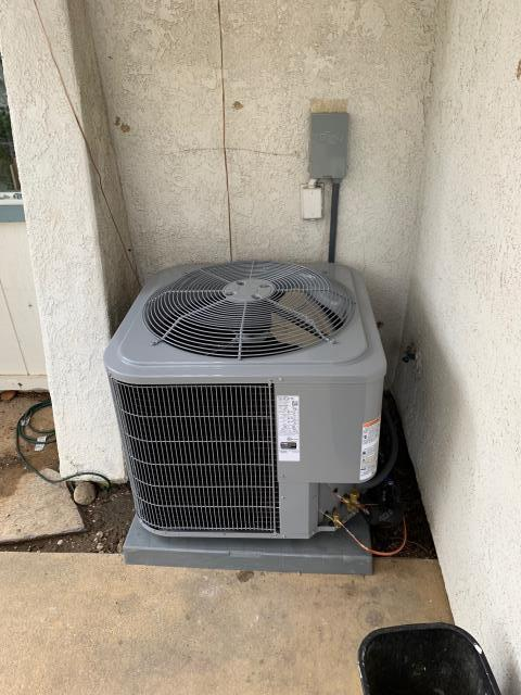 Brea, CA - New Carrier AC system.