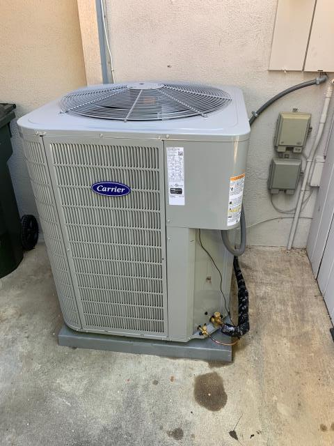 Fullerton, CA - Installed new Carrier 16+SEER condenser and coil.  Also new ducts going to attic.