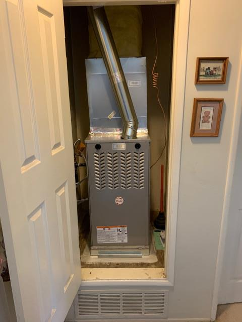 Yorba Linda, CA - Installed a new Payne 40,000 BTU Ultra Low NOx furnace