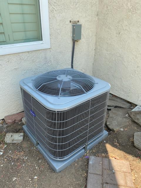 Placentia, CA - no cooling, new Carrier air condioner, condenser, new Carrier coil, replace broken ducts, new grill,