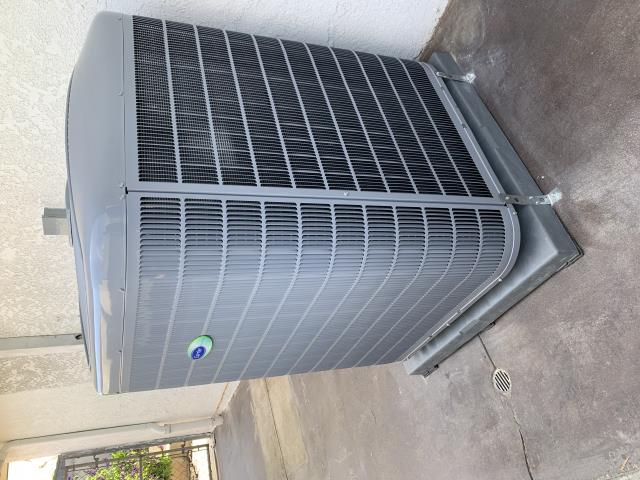 Placentia, CA - Install new Carrier 24VNA6 condenser, install furnace, install thermostat, variable speed air conditioning, Carrier Infinity control thermostat, install Carrier Infinity Air Purifier