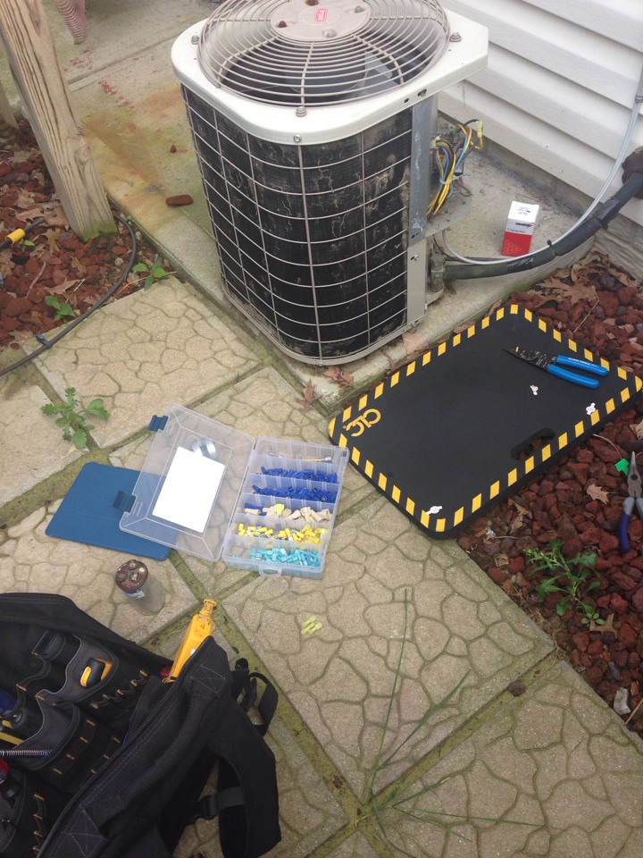 Blacklick, OH - Bronze service electrical renovation on a 10 year old 2 ton Bryant air conditioner