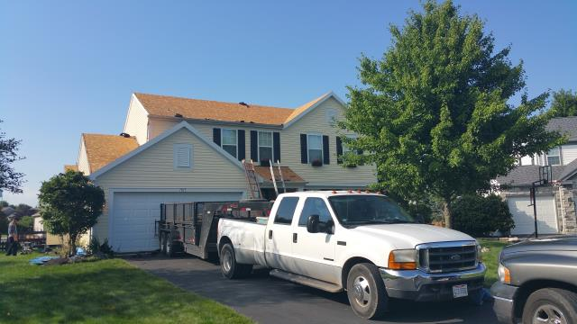 Lewis Center, OH - Full roof replacement with a new GAF lifetime roofing system.  The roof was paid for in full by the insurance company for repairs due to hail and wind damage.