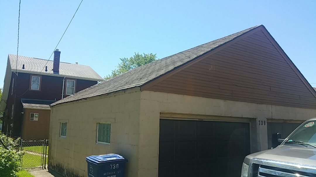 Columbus, OH - Roofing inspection for replacement due to age.