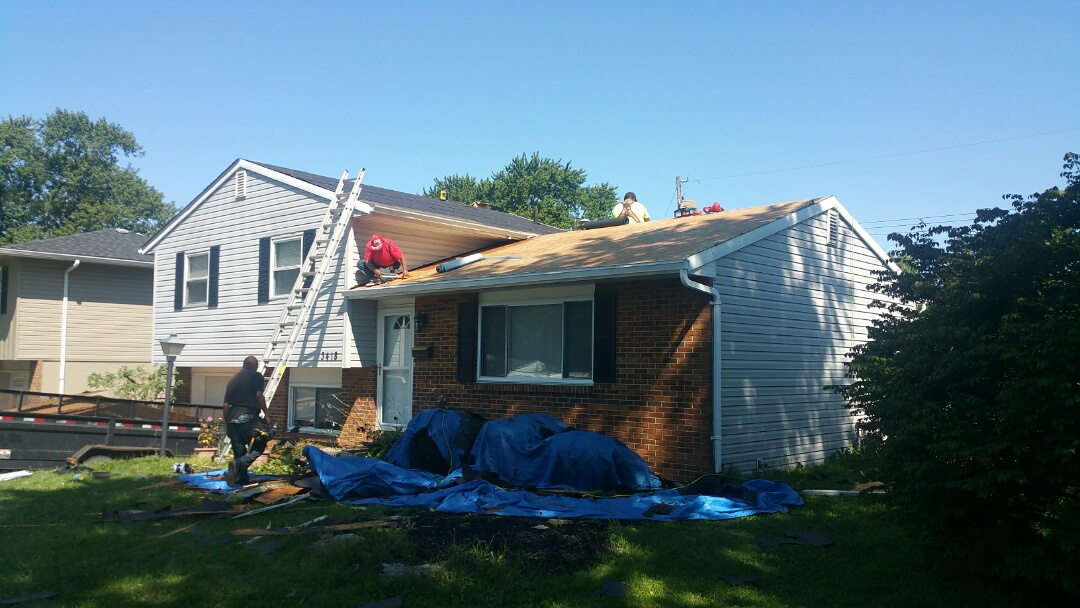 Westerville, OH - Full roof replacement with a new lifetime asphalt shingle.