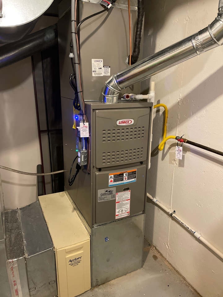 Warsaw, IN - Installed New Lennox Complete System with UV Light