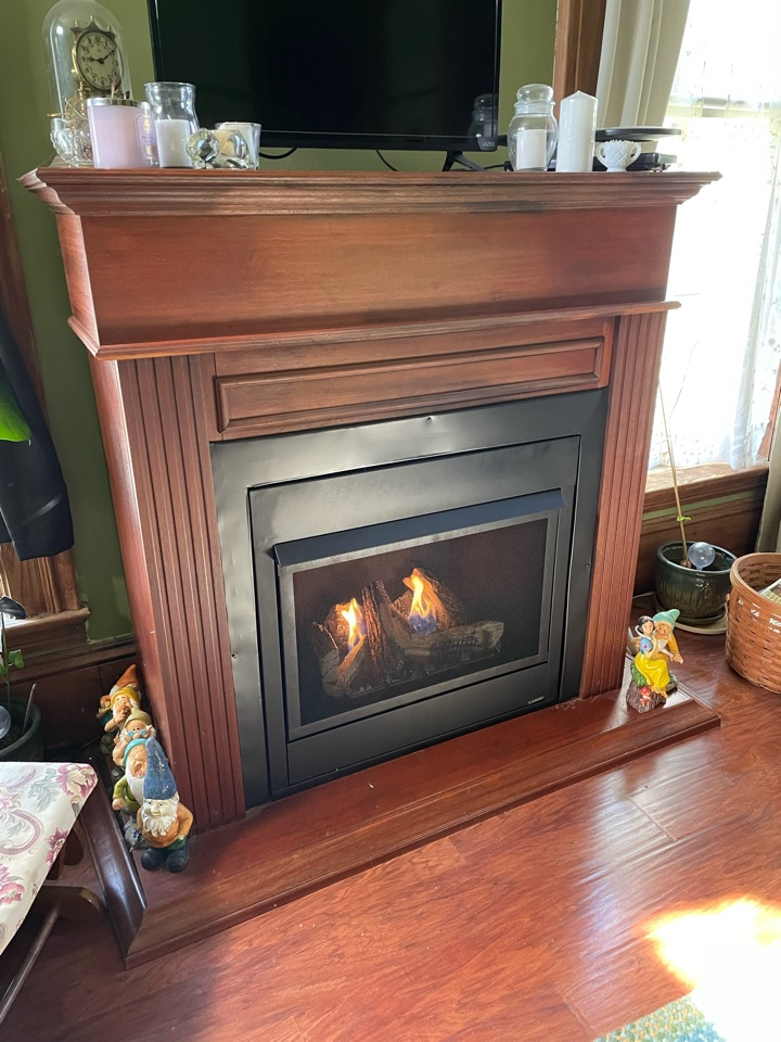 Leesburg, IN - Installed new Monnesen Vent Free fireplace.