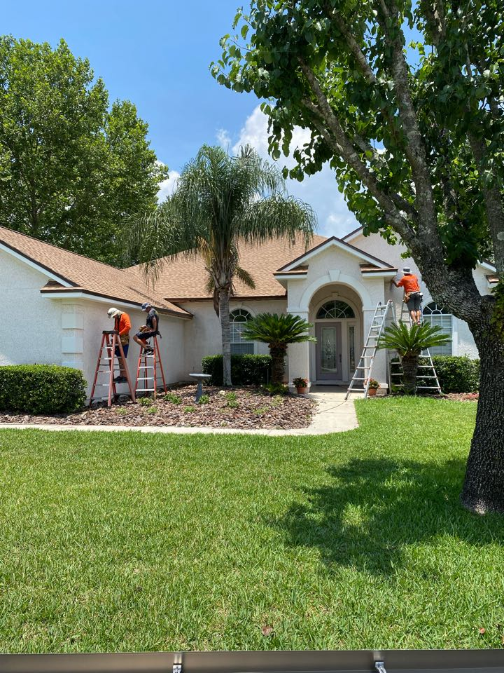 Jacksonville, FL - New Roof New Facia New Gutters with Leaf guards.   I enjoyed working with these amazing customers.  Thank you    Please call Jon for your project 904-349-8082.