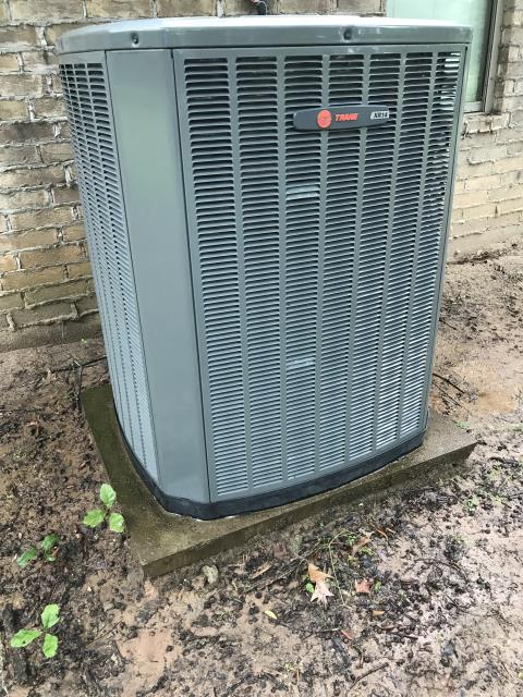 Marshall, TX - Diagnosing a Trane heating and air-conditioning system in Marshall, TX.