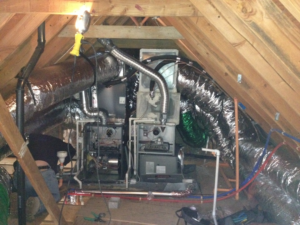 Oak Glen, CA - Installing flex duct R8 in oak Glenn