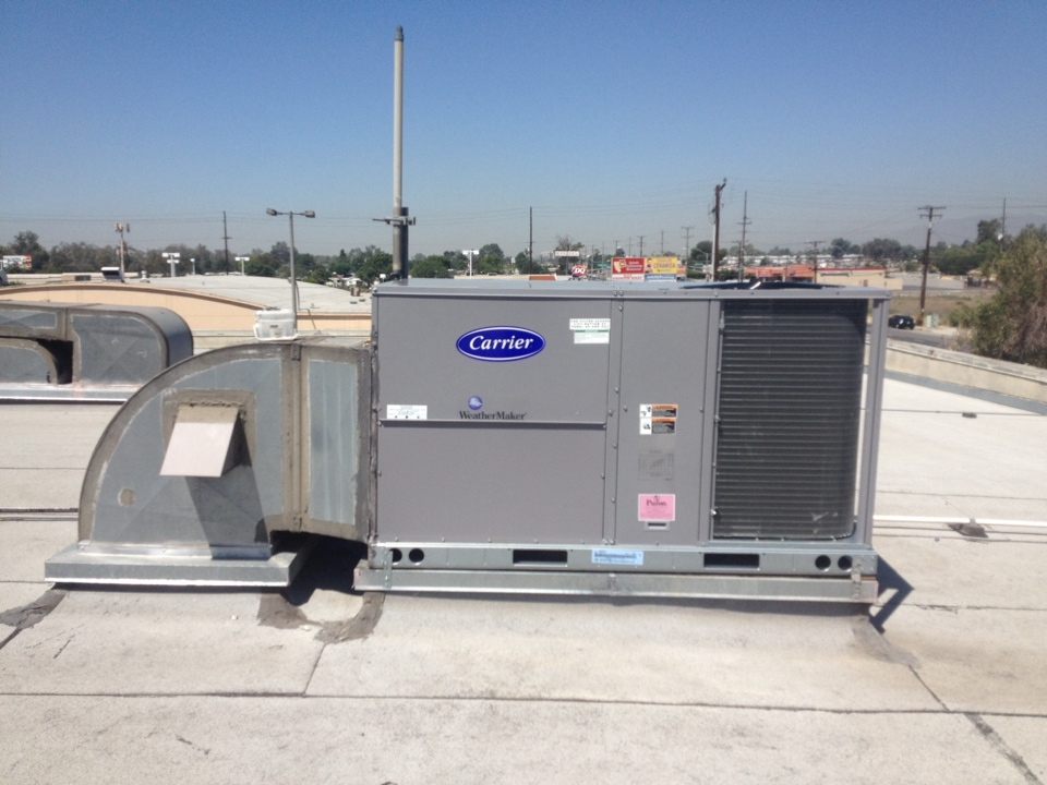 Bloomington, CA - Installed new Carrier 6 ton gas package unit and connected to existing duct work.