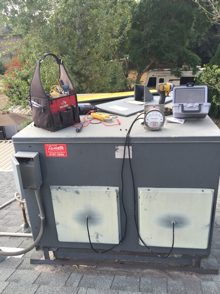 Riverside, CA - Furnace tune up on a 2008 goodman unit