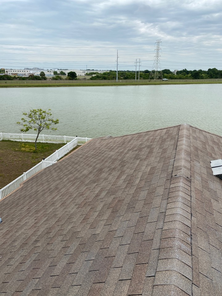 Tampa, FL - Full re-roof needed in Tampa/Brandon in Florida looking for Owens Corning duration architectural shingles full replacement