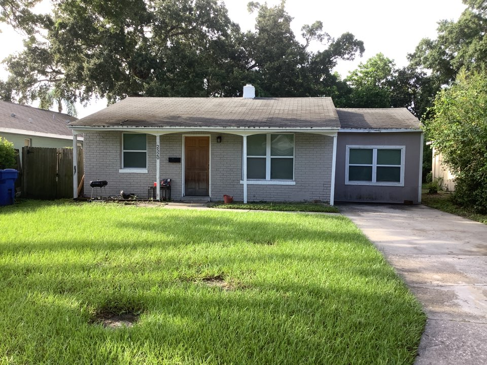 Gulfport, FL - Full roof replacement on a  shingles roof