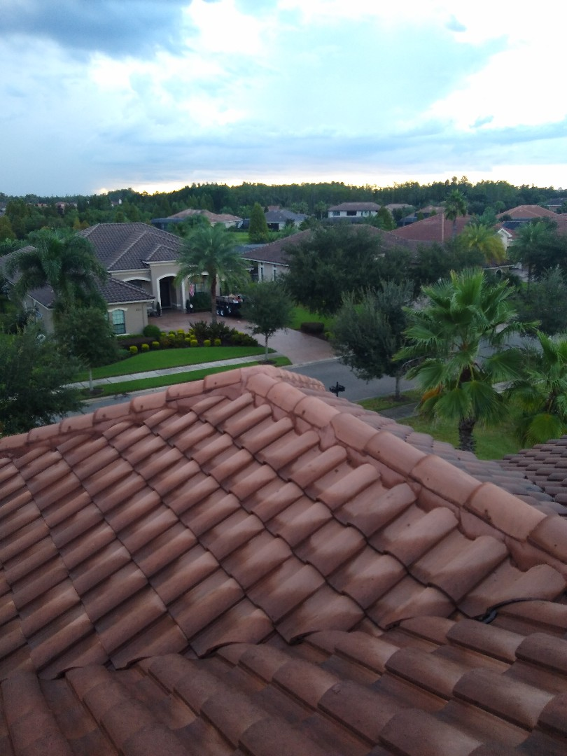 Lutz, FL - We do both repair and full replacement of tile roofs too! This house in Lutz is only 7 years old and is already showing a few points of failure. CB roofing will return it to tip top condition.