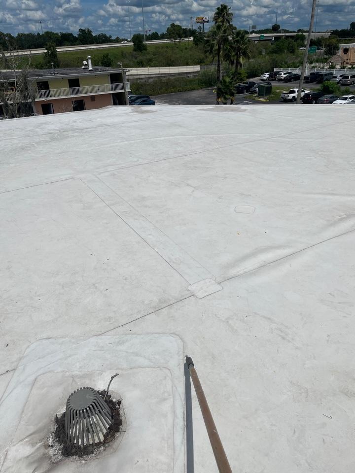 Plant City, FL - Leak evaluation on TPO roof