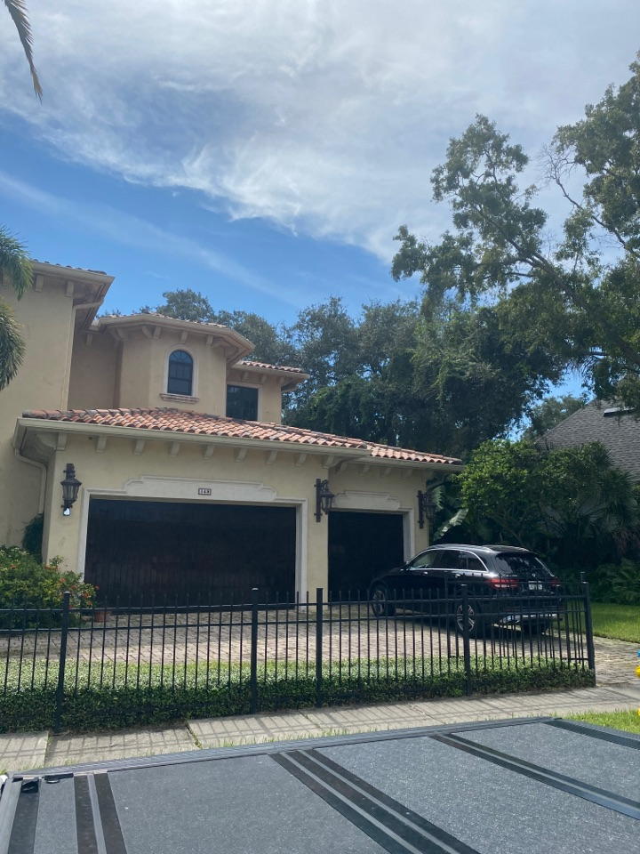 Tampa, FL - Davis Island full roof replacement tear off and install new roof