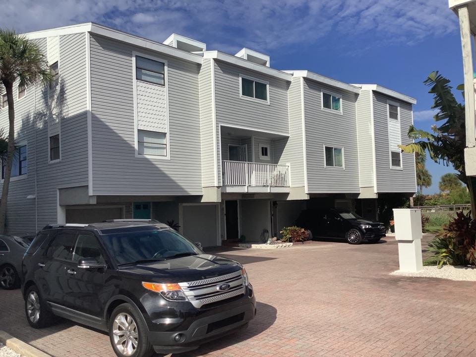 Townhome, Condominium shingles